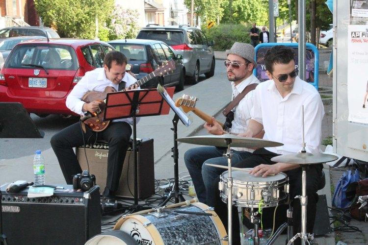 Jazz Trio set up on Somerset