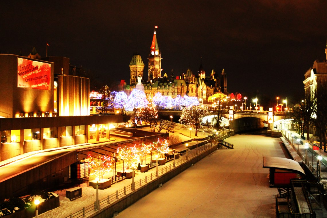 The Canal at Christmas