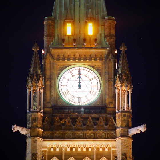 Jeremy_MacLaine_Ottawa_Peace_Tower_Midnight_Parliament_Hill_IMG_2475